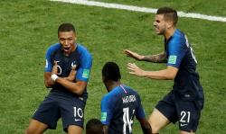 Итог финала чемпионата мира по футболу 2018 - Франция выиграла в основное время со счетом 4:2.   Франция - чемпион мира по футболу 2018