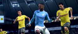 Выводы о том, где картинка выглядит более реалистичной, делайте сами, но стоит отметить, что полноценно сравнить графику обеих игр можно будет уже после релиза FIFA 21, который намечен на 9 октября этого года. Игра разрабатывается для PC, PS4, Xbox One, Nintendo Switch, PS5 и Xbox Series X.   В сети уже показали, как отличается графика в FIFA 21 от FIFA 20 — видео